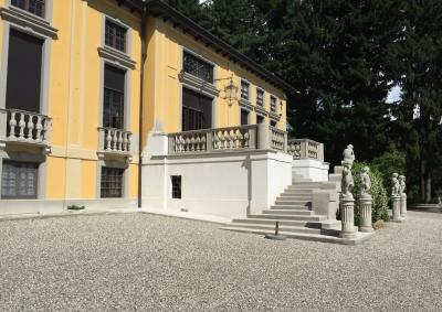 Scala esterna stile neoclassico